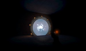 La Dark Chamber, une pièce sombre de gm_construct, abrite aussi sa propre porte, de modèle SG1